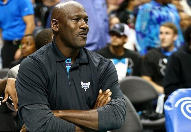 Huyen thoai Michael Jordan vao top ty phu the gioi hinh anh