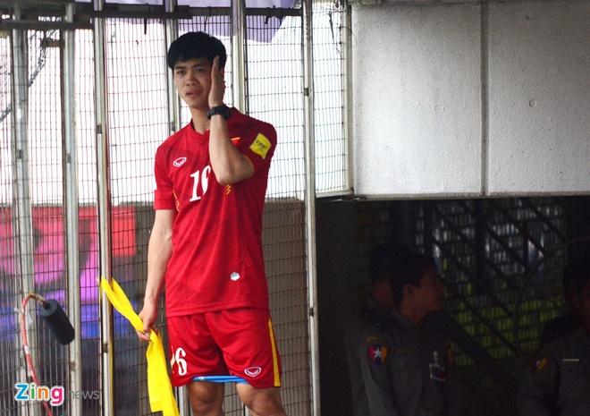 Cong Phuong kho thi dau, tuyen Viet Nam tap da penalty hinh anh 1