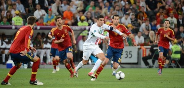 7 khoanh khac dang nho cua Ronaldo cung tuyen Bo Dao Nha hinh anh 5
