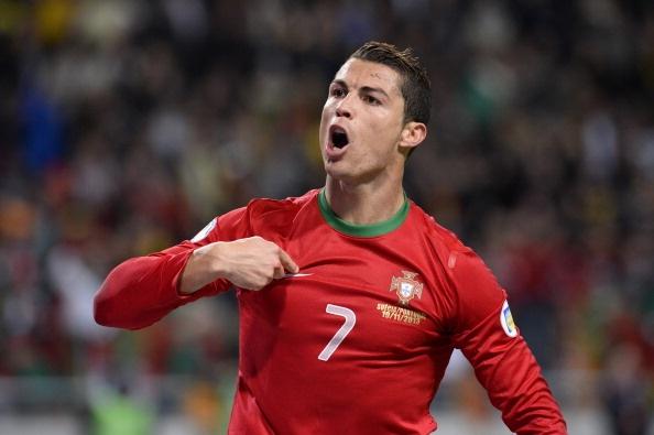 7 khoanh khac dang nho cua Ronaldo cung tuyen Bo Dao Nha hinh anh 1