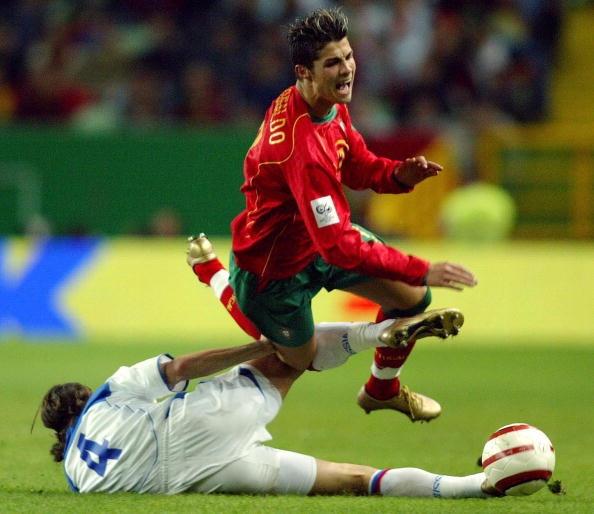 7 khoanh khac dang nho cua Ronaldo cung tuyen Bo Dao Nha hinh anh 2