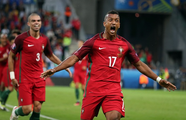 Ronaldo bien Bo Dao Nha thanh doi bong nham chan hinh anh 1
