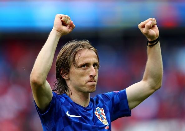 Luka Modric vang mat o tran gap Tay Ban Nha hinh anh