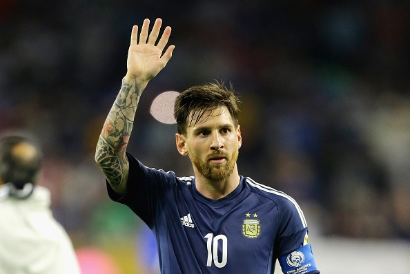Messi lap ky luc ghi ban cho tuyen Argentina hinh anh