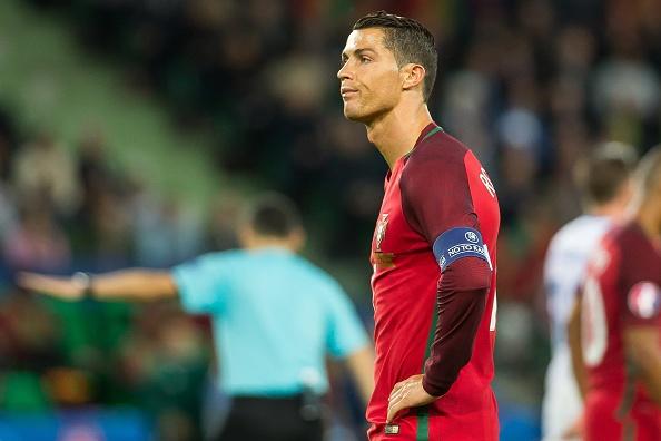 Nguoi khoe nhat hanh tinh mang Ronaldo la 'con heo' hinh anh