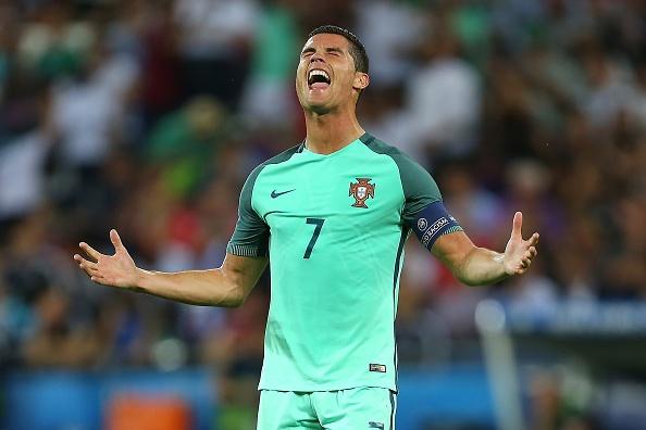 Ronaldo san bang ky luc ghi ban cua Platini hinh anh