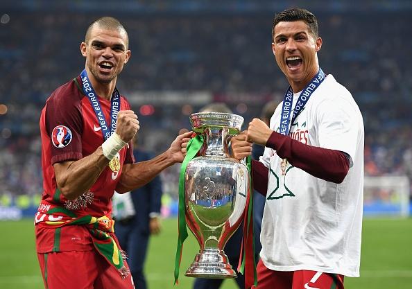 Ronaldo: 'Toi da xin Chua cho toi mot co hoi' hinh anh 1
