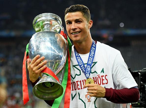Ronaldo: 'Toi da xin Chua cho toi mot co hoi' hinh anh