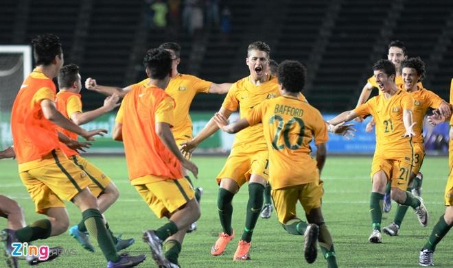 Cau thu U16 Viet Nam khoc nuc no vi thua Australia hinh anh 2