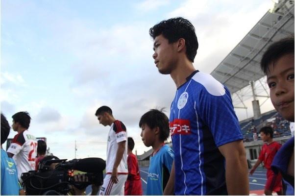 Cong Phuong lan dau da chinh tai J.League 2 hinh anh