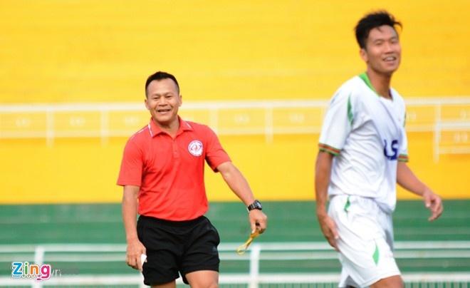 CLB TP HCM chua co ke hoach chuan bi cho V.League 2017 hinh anh 1