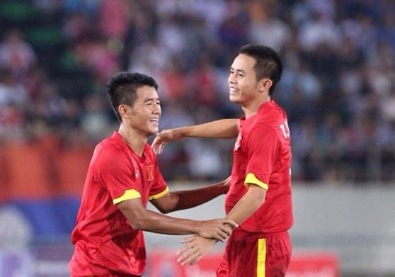 U19 Viet Nam tranh ngoi vo dich voi U18 Sapporo hinh anh