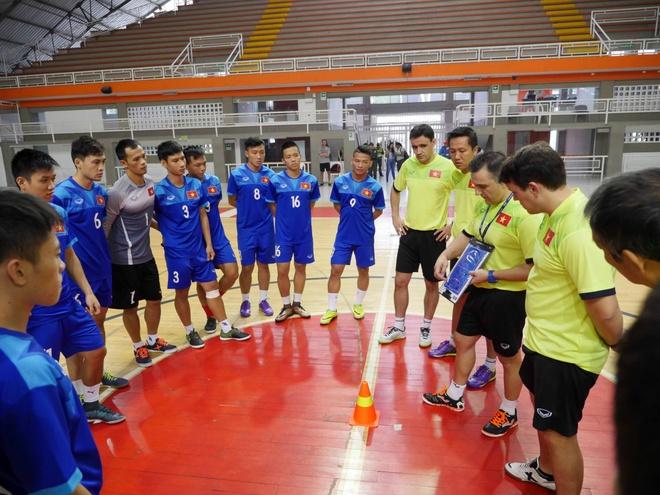 Tuyen futsal Viet Nam du World Cup anh 4