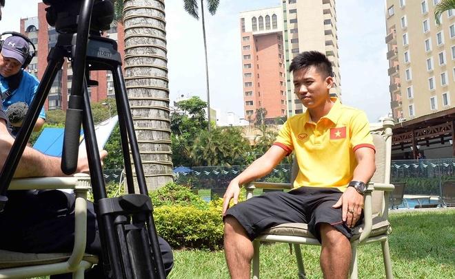 Hai nguoi hung cua tuyen futsal Viet Nam duoc FIFA phong van hinh anh
