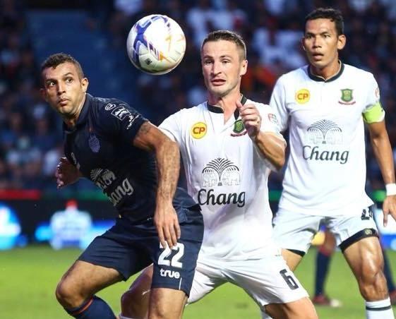 Thai League moi chao cau thu Dong Nam A dau quan hinh anh