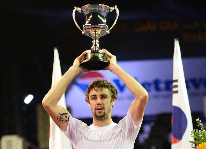 Jordan Thompson vo dich giai Vietnam Open 2016 hinh anh