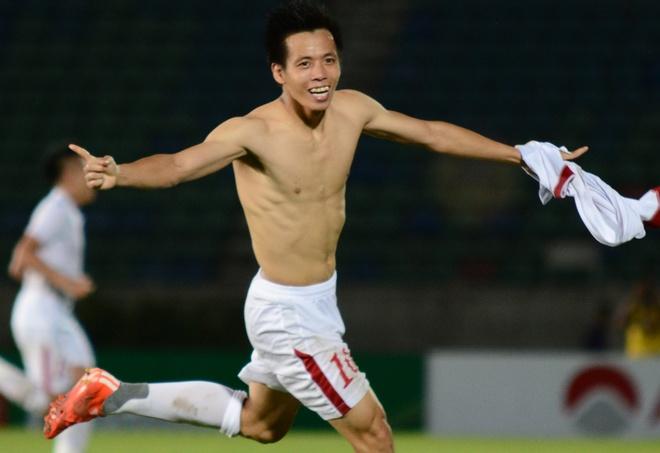 Tuyen Viet Nam danh bai doi hinh tre FC Seoul hinh anh