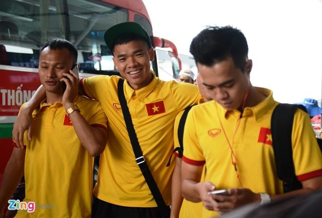 Tuyen Viet Nam len duong du AFF Cup anh 2