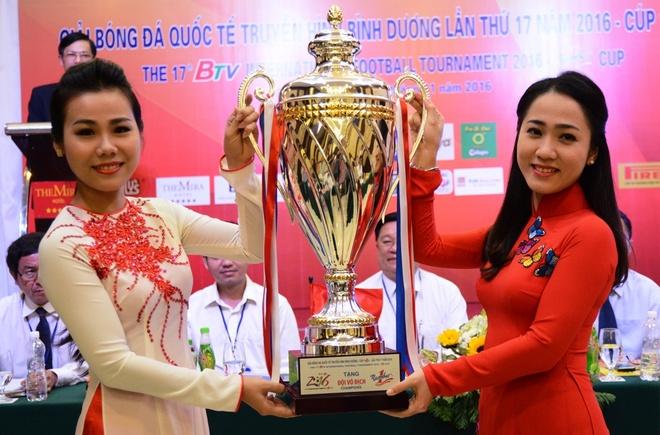 Binh Duong tim nguoi thay Trong Hoang, Cong Vinh o BTV Cup hinh anh 1