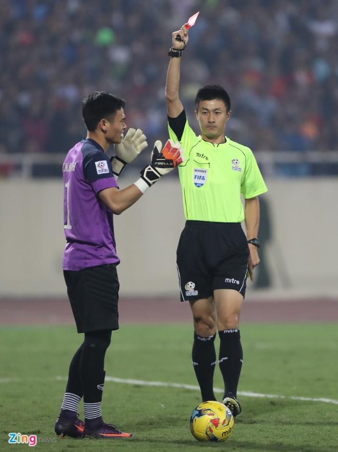 Nguyen Manh nhan the do do tra dua doi thu hinh anh 1