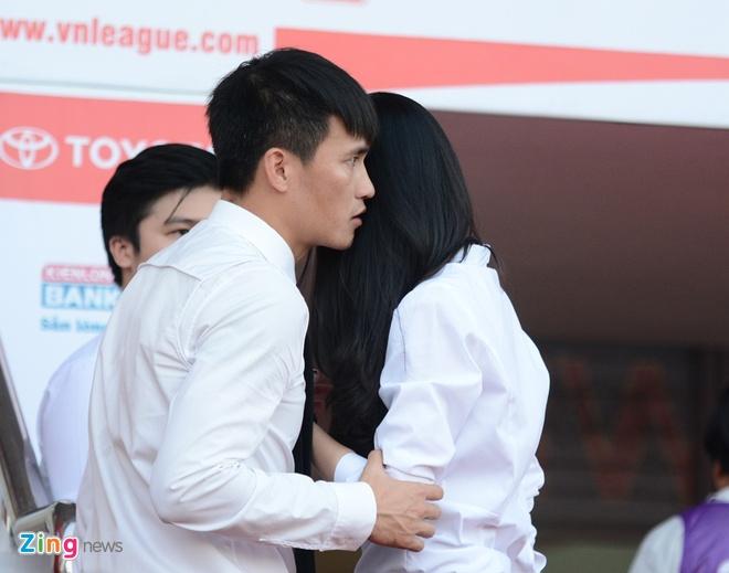 Cap vo chong Cong Vinh - Thuy Tien anh 5