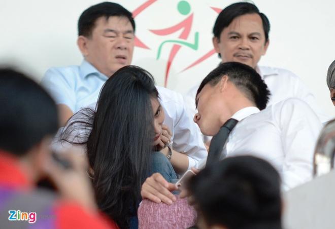 Cap vo chong Cong Vinh - Thuy Tien anh 7