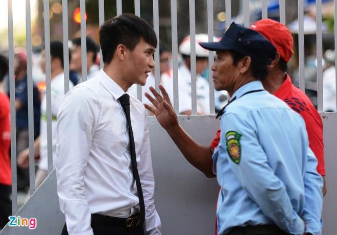 Cap vo chong Cong Vinh - Thuy Tien anh 3