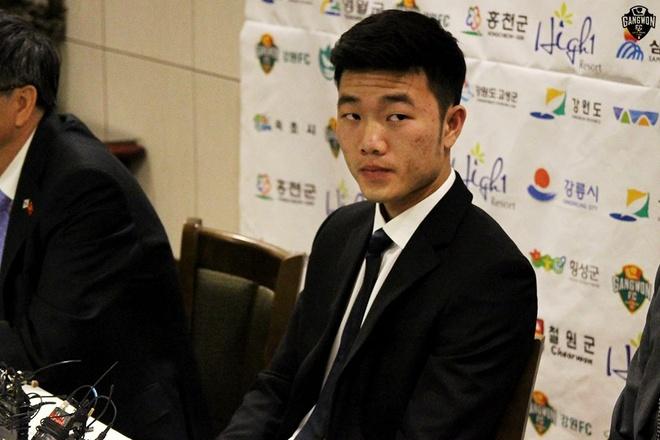 Xuan Truong chung to kha nang o Gangwon FC hinh anh
