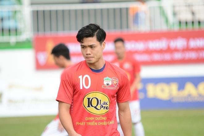 Cong Phuong len doi U23 Viet Nam chuan bi dau U23 Malaysia hinh anh