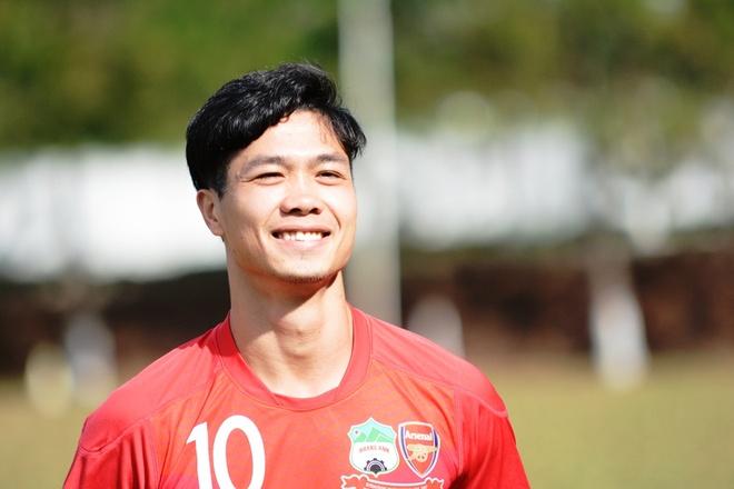 Cong Phuong: 'Song la khong hoi tiec' hinh anh