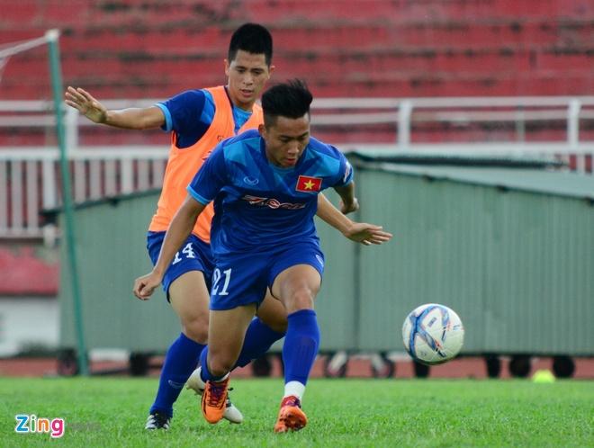 Cong Phuong, Tuan Tai an y tren hang cong U23 Viet Nam hinh anh 2