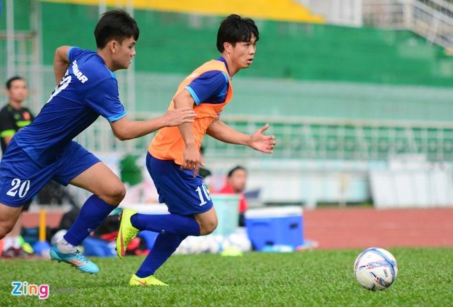 Cong Phuong, Tuan Tai an y tren hang cong U23 Viet Nam hinh anh 3