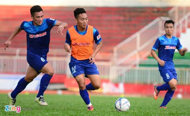 Cong Phuong, Tuan Tai an y tren hang cong U23 Viet Nam hinh anh 5