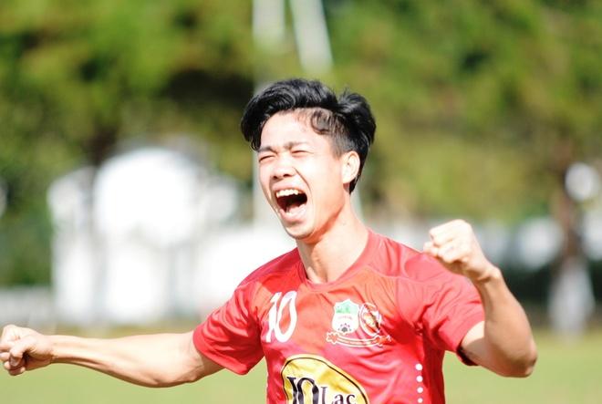 Dau an cua Cong Phuong, Quang Hai o vong 5 V.League hinh anh
