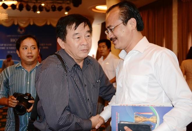 Bau Thang: 'Trong tai V.League sai sot qua nhieu' hinh anh
