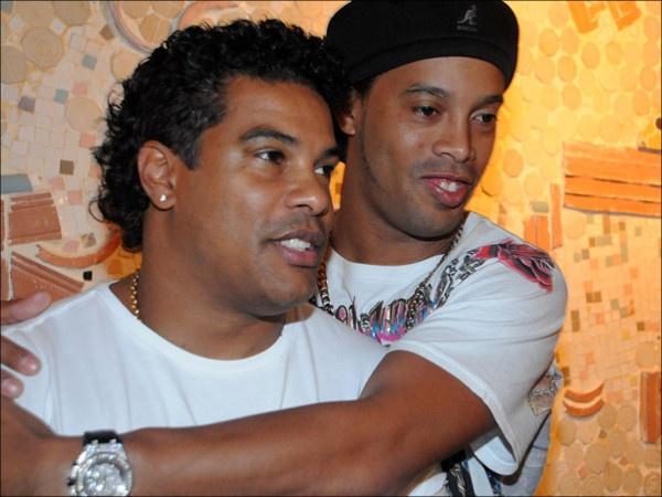 Anh trai cua Ronaldinho anh 1