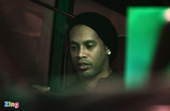 Ronaldinho phan khich khi ruoc Cup Champions League hinh anh 1