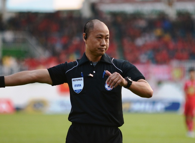 CLB Sai Gon mat oan ban thang truoc Thanh Hoa vi trong tai hinh anh 1