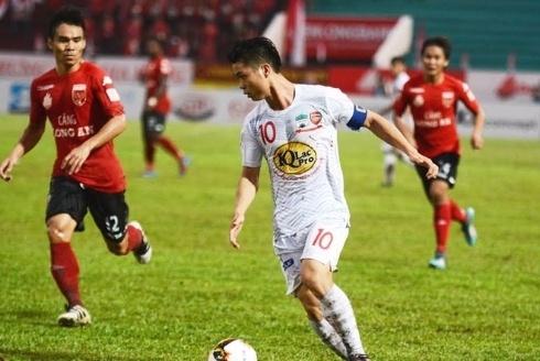 Sieu pham cua Cong Phuong vao top 10 ban thang dep luot di V.League hinh anh