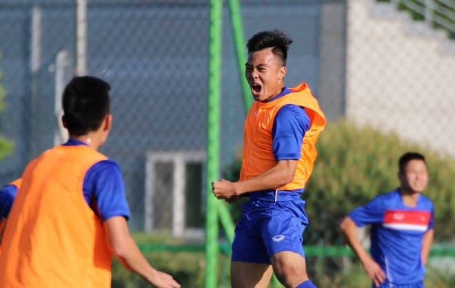 HLV U20 Viet Nam treo tien thuong de khich le hoc tro hinh anh 4
