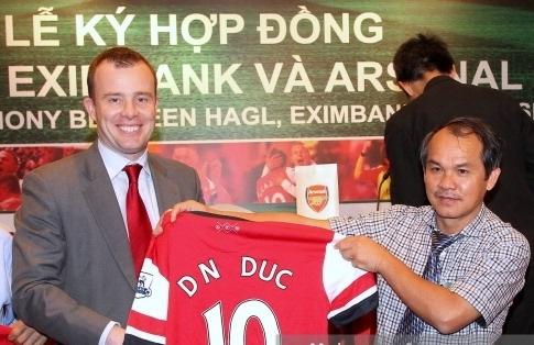 LDBD Dong Nam A chi ra ly do Arsenal chia tay HAGL hinh anh