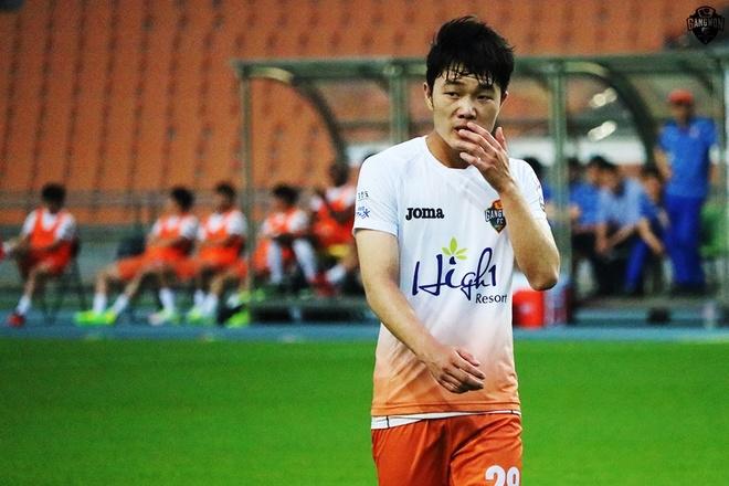 Gangwon FC tiet lo ly do nha Xuan Truong cho U22 Viet Nam hinh anh