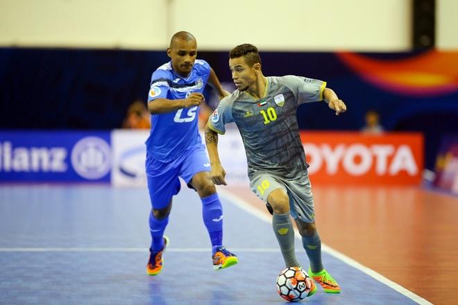 Thai Son Nam thang Al Dhafrah 2-0 anh 1