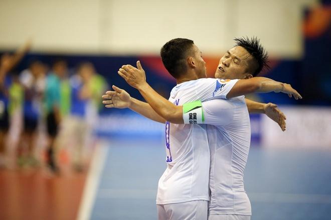 Thai Son Nam thang tran 6-1, gianh HCD giai futsal chau A hinh anh