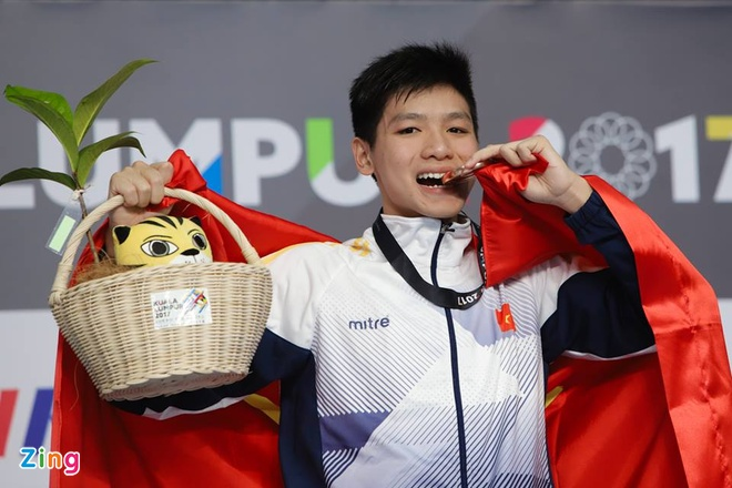 Nguyen Huu Kim Son tu tin sau tam huy chuong SEA Games dau tien hinh anh 1