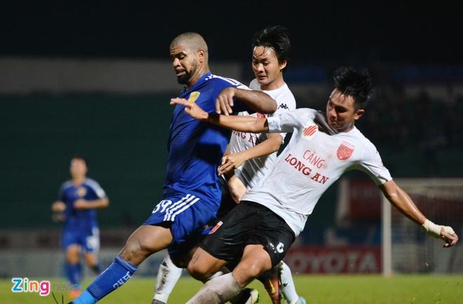 Chua vo dich V.League, Quang Nam da lo tinh duong dai hinh anh 1