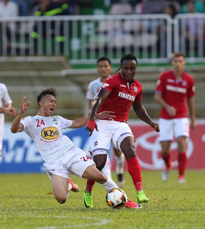 HAGL thang Quang Ninh 4-2 anh 3