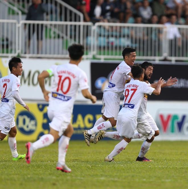 HAGL thang Quang Ninh 4-2 anh 2