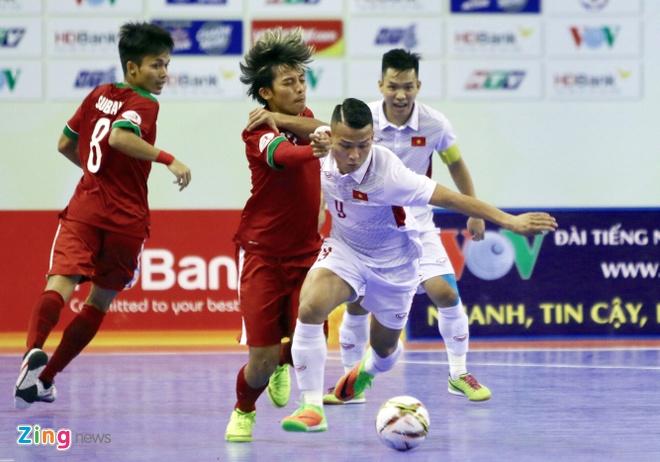Con 32 giay, futsal Viet Nam ghi ban danh bai Indonesia 4-3 hinh anh 2