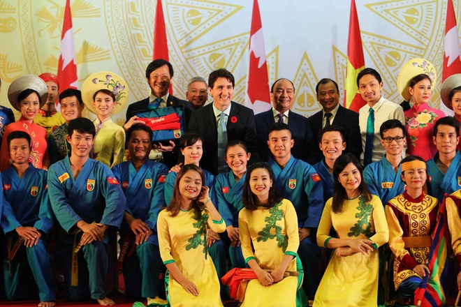 Thu tuong Canada Justin Trudeau an tuong voi vovinam hinh anh 1